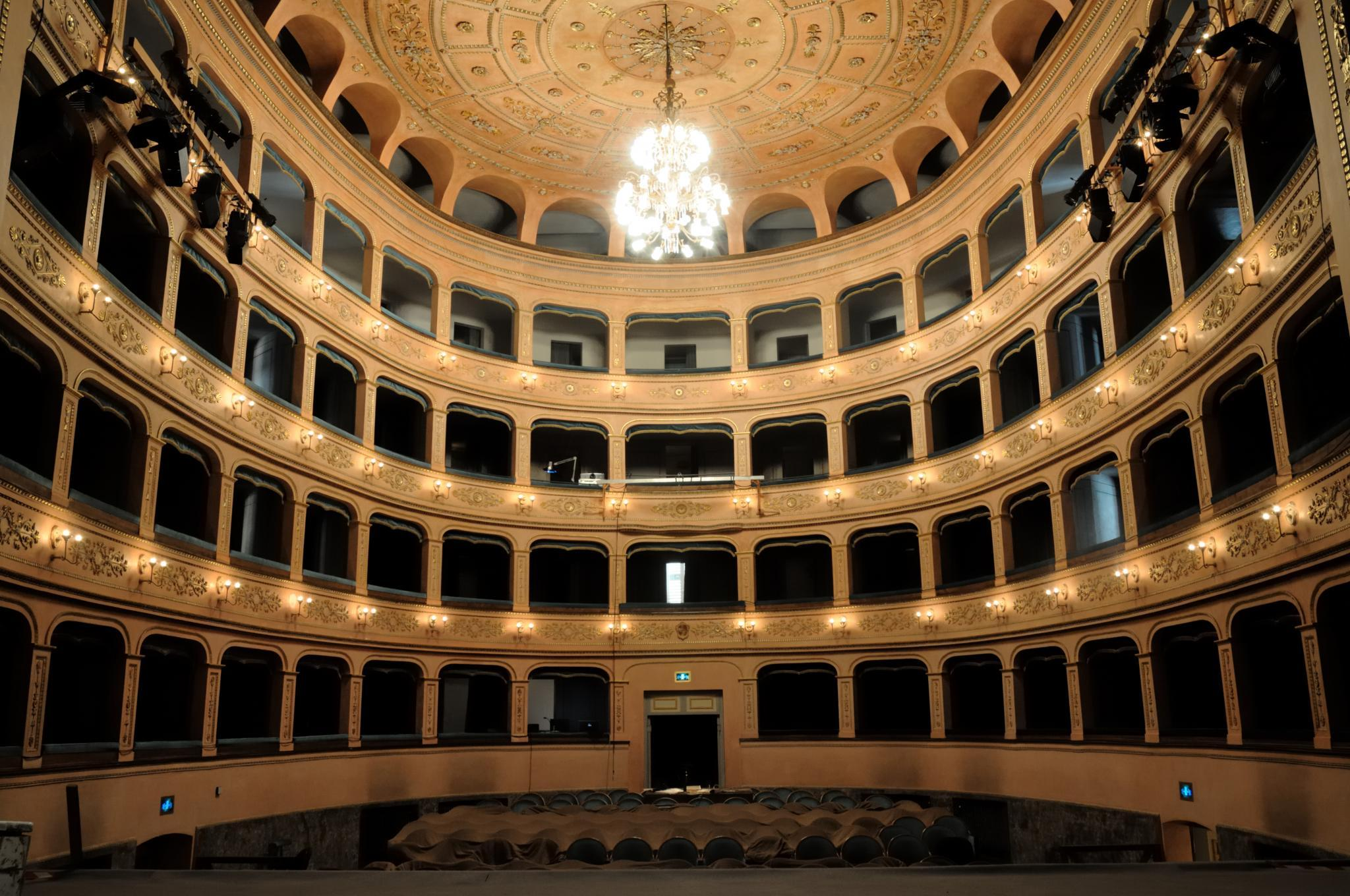 Teatro_Rossini_01
