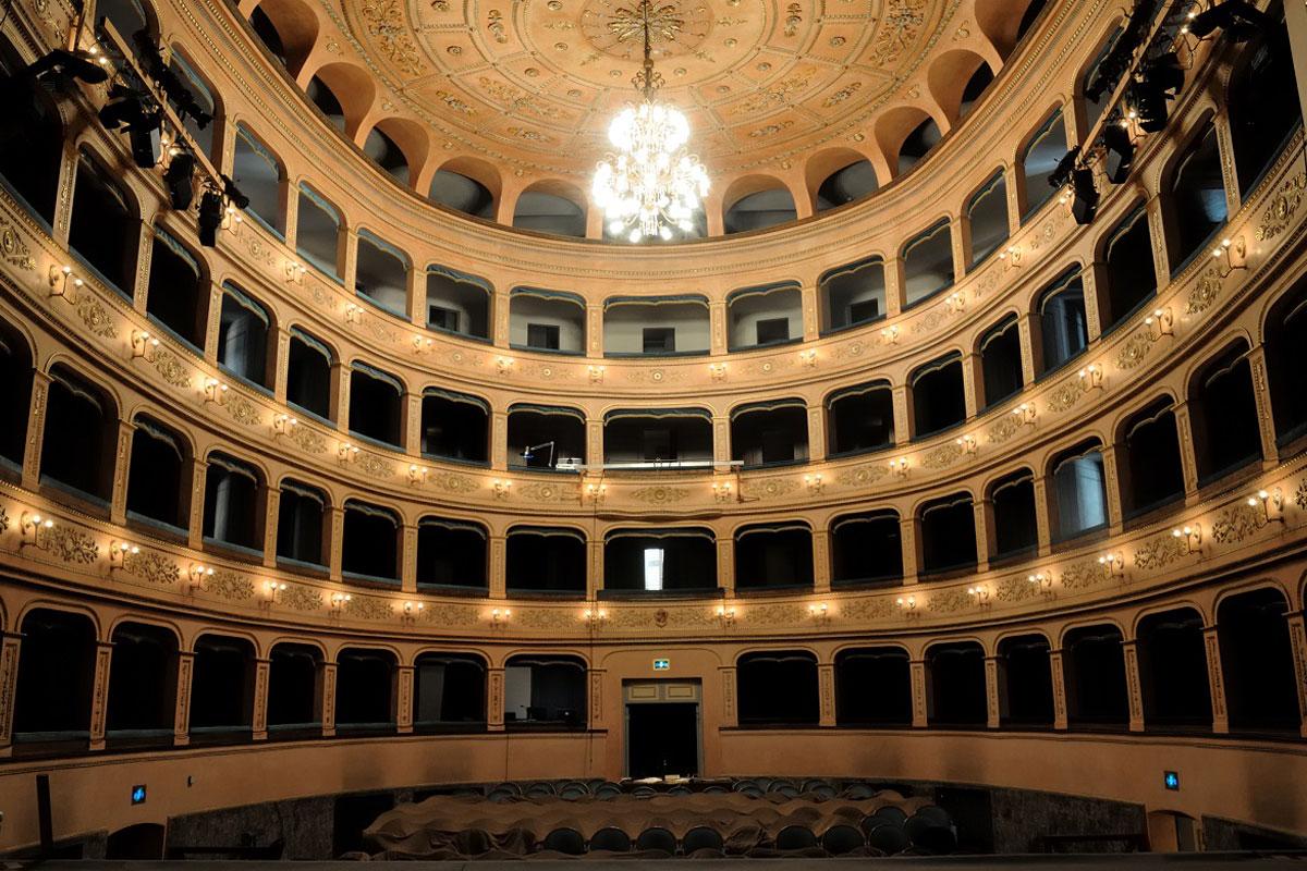 1-Teatro_Rossini